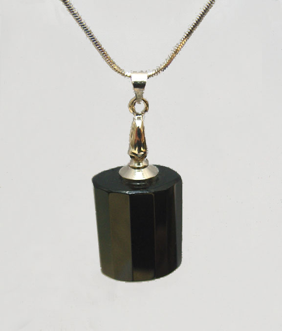 Vampire Perfume Pendants Black(with the necklace chains)