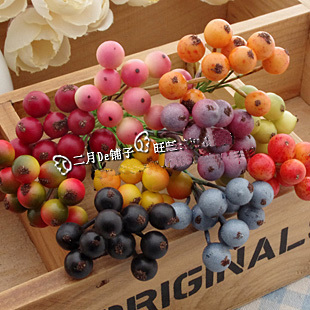 Small Berries(Sold in per package of 20pcs,assorted colors)