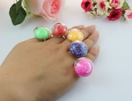 24X24MM Mushroom Liquid Rings with stone stuffing inside(Mixed Colors)