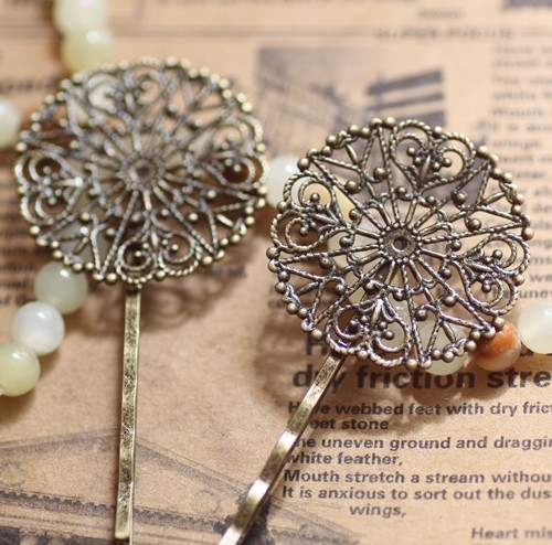 31MM Antiqued Bronze Ornate Round Hair Clips Bobby Pins