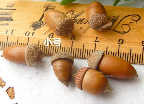 Nature Acorn Charms (Sold in per package of 10pcs)