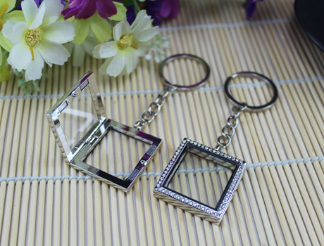 30X30MM Crystal Square Glass Locket Keychains