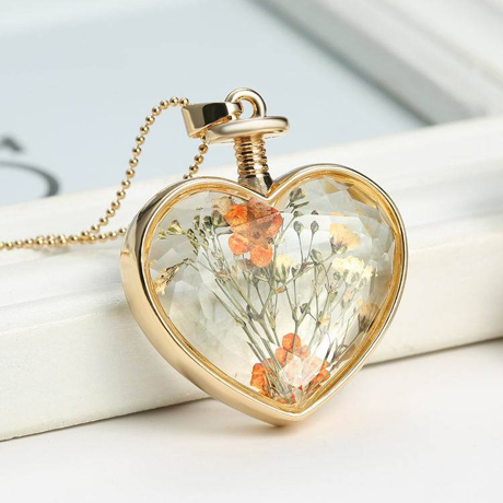 Real dry flower glass locket necklace(3 Designs available)